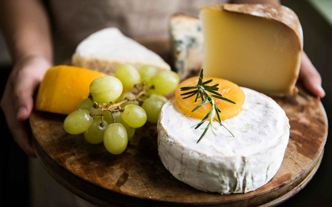Mangiare con le mani – seconda tappa verso la degustazione del formaggio